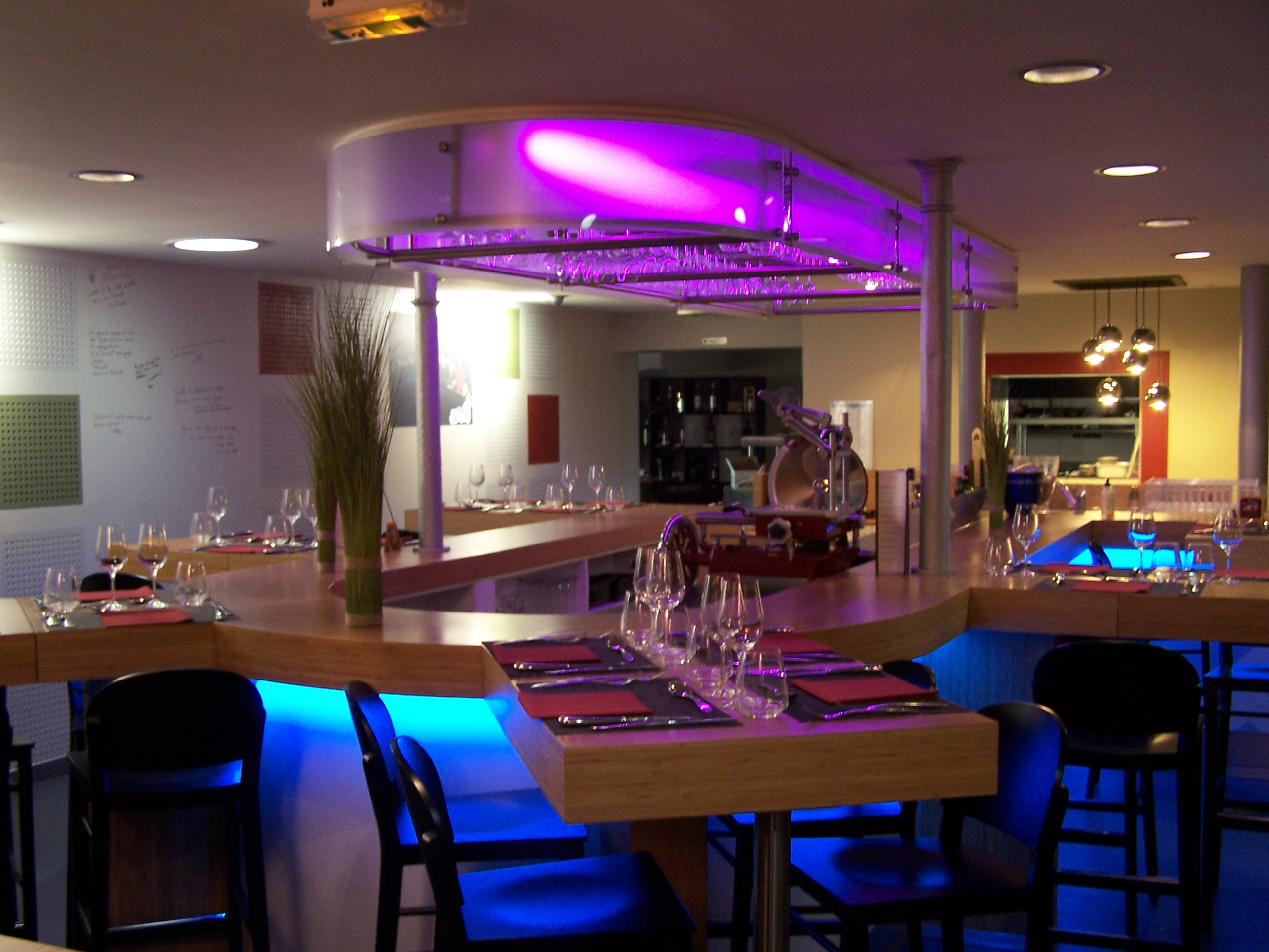 Restaurant charleville m zi res guide restaurants - Restaurant la table d arthur charleville ...